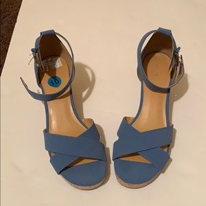 Shoes - (Women's) Wedges size 10- box not included
